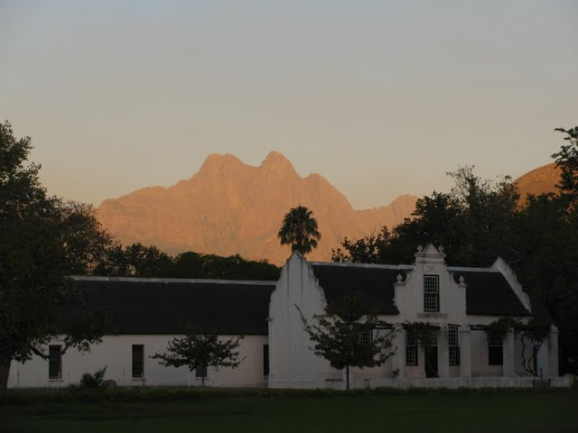 Stellenbosch' mountains - click on the photo for more