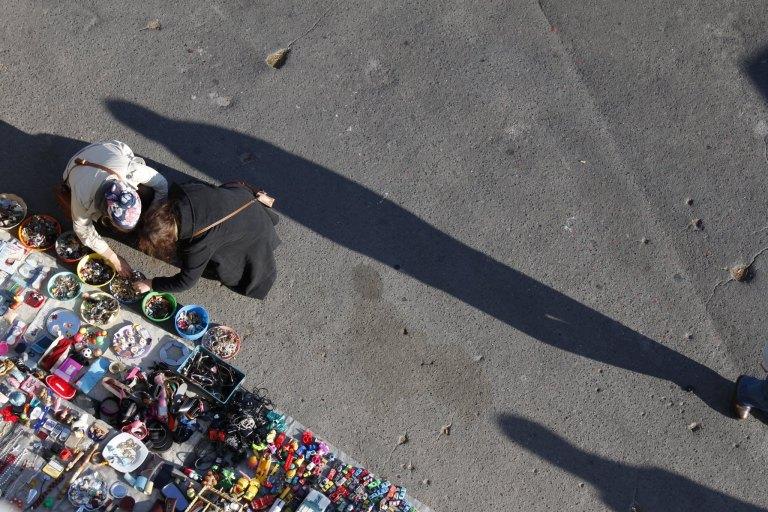 Lisboa Sunday flea market - click on the photo for more